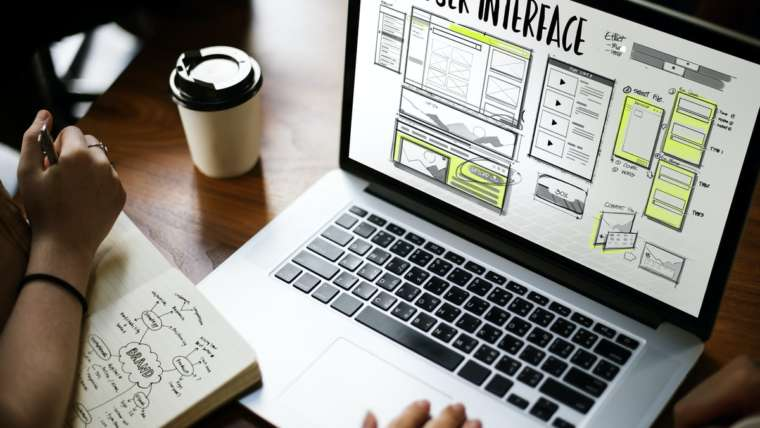 Professioneller Webdesigner: Was er macht – und warum Ihr Unternehmen unbedingt einen wie ihn braucht